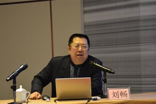 刘  畅:中国青年报首席记者